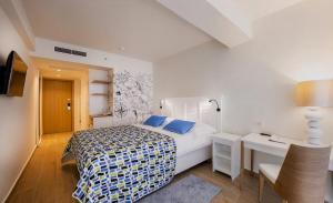 02 Solaris Hotel Jure